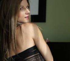 Mandy Flores - Stealing Wonder Womans body : Transform