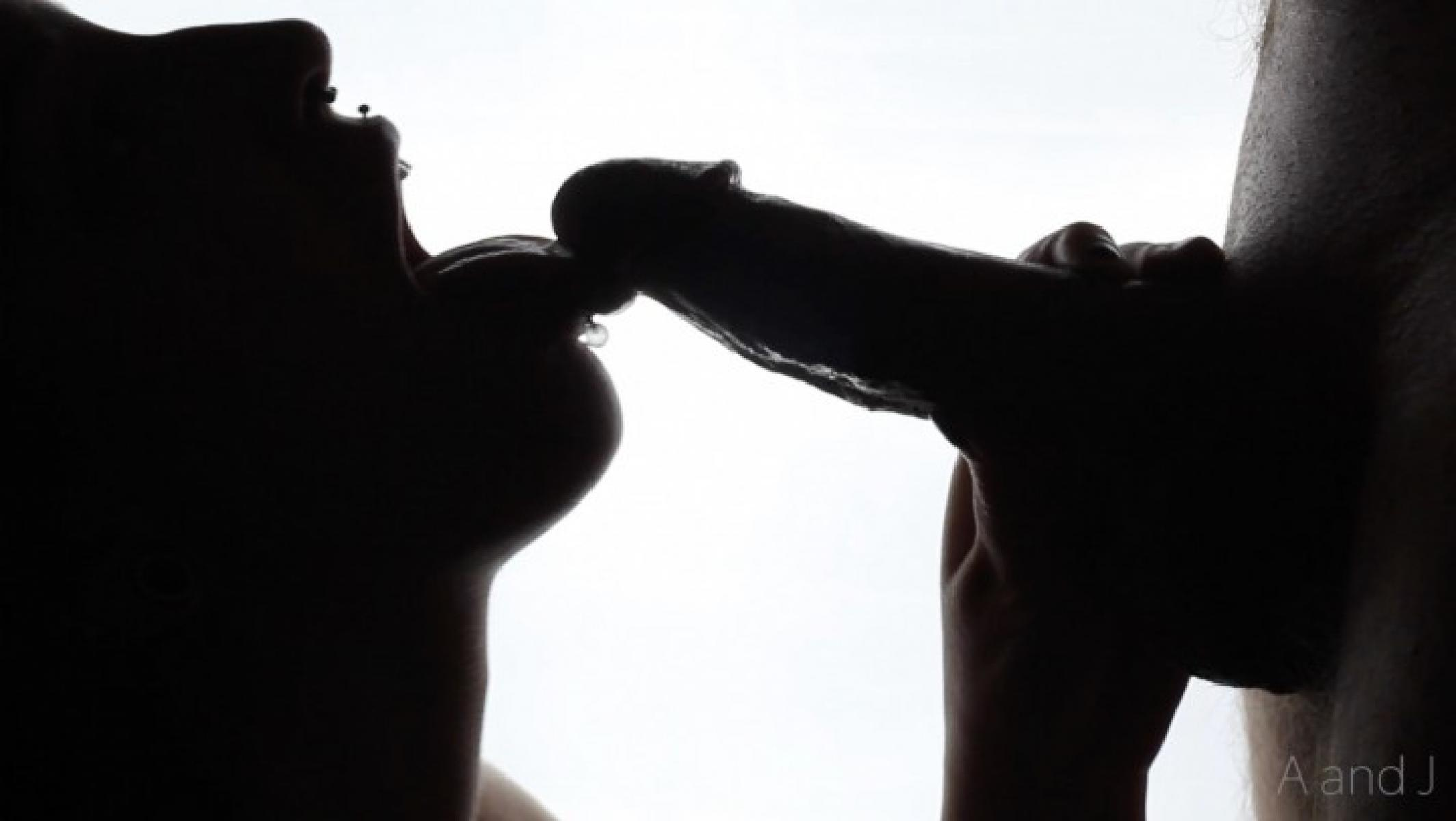 Silhouette of blow job — pic 12