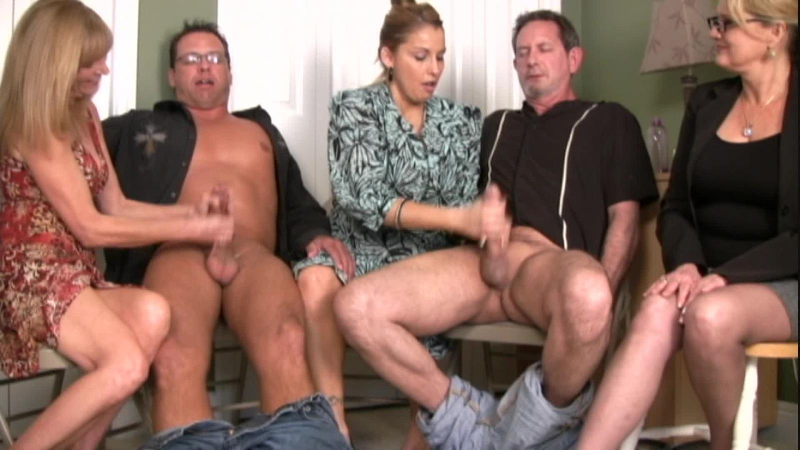 cfnm-free-clips-jerk-off-naked-girls-putting-on-tampons