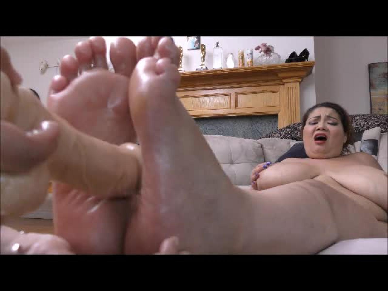 Fat woman footjob