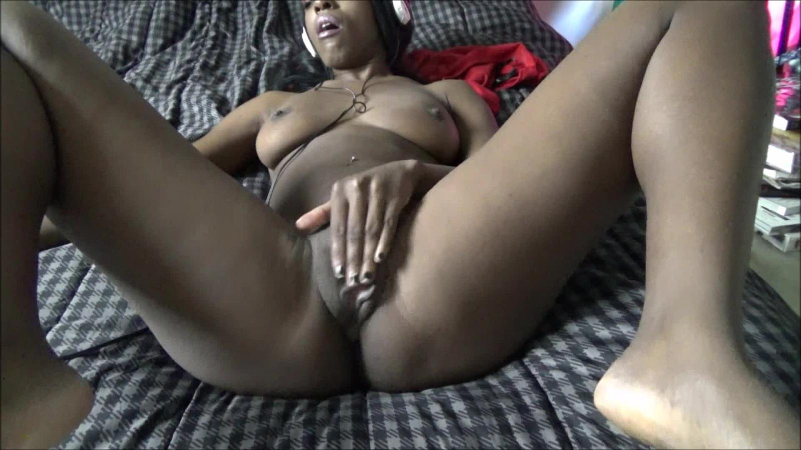 Ebony masturbation videos