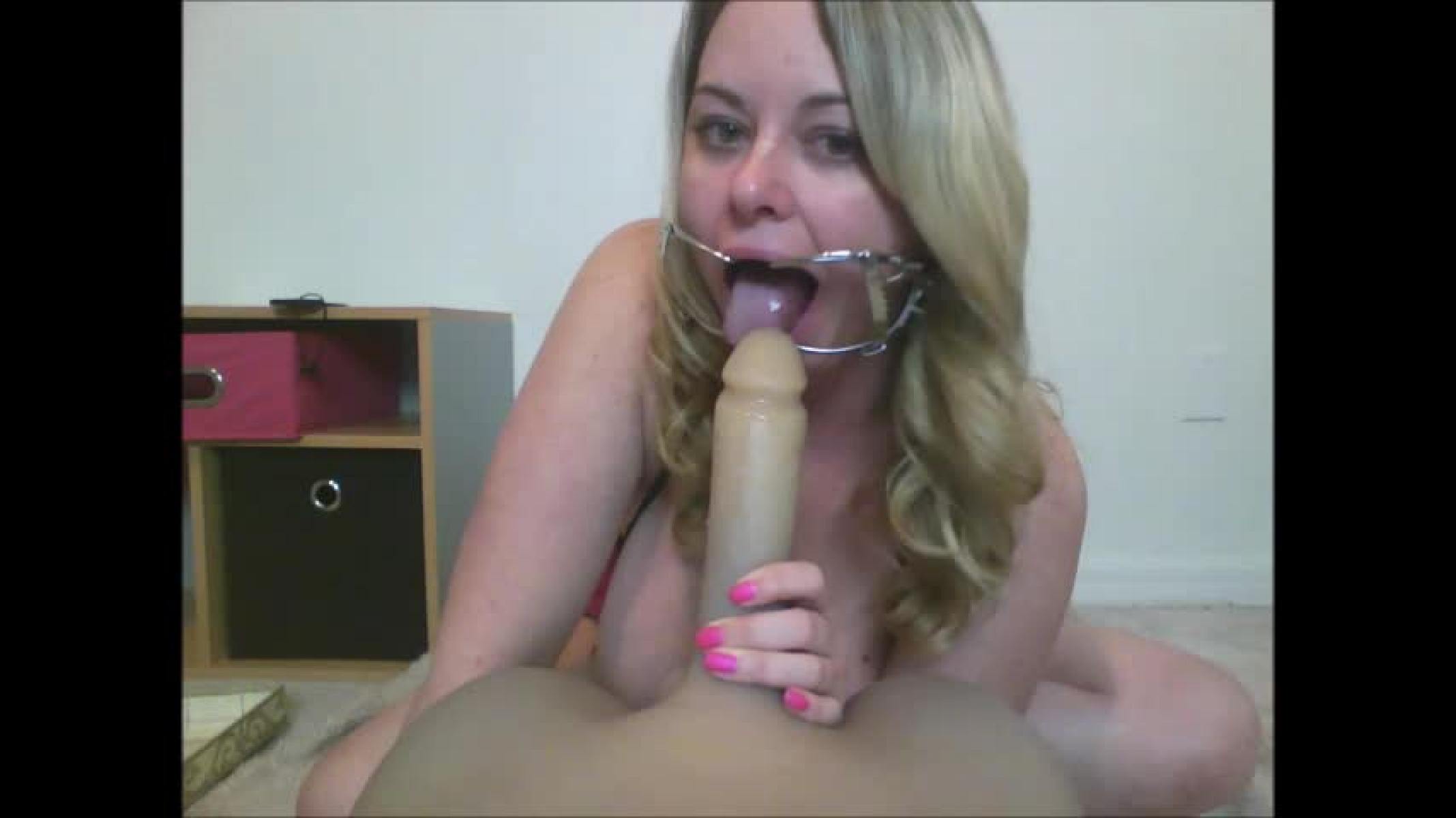Face fucked by mouth dildo — photo 12